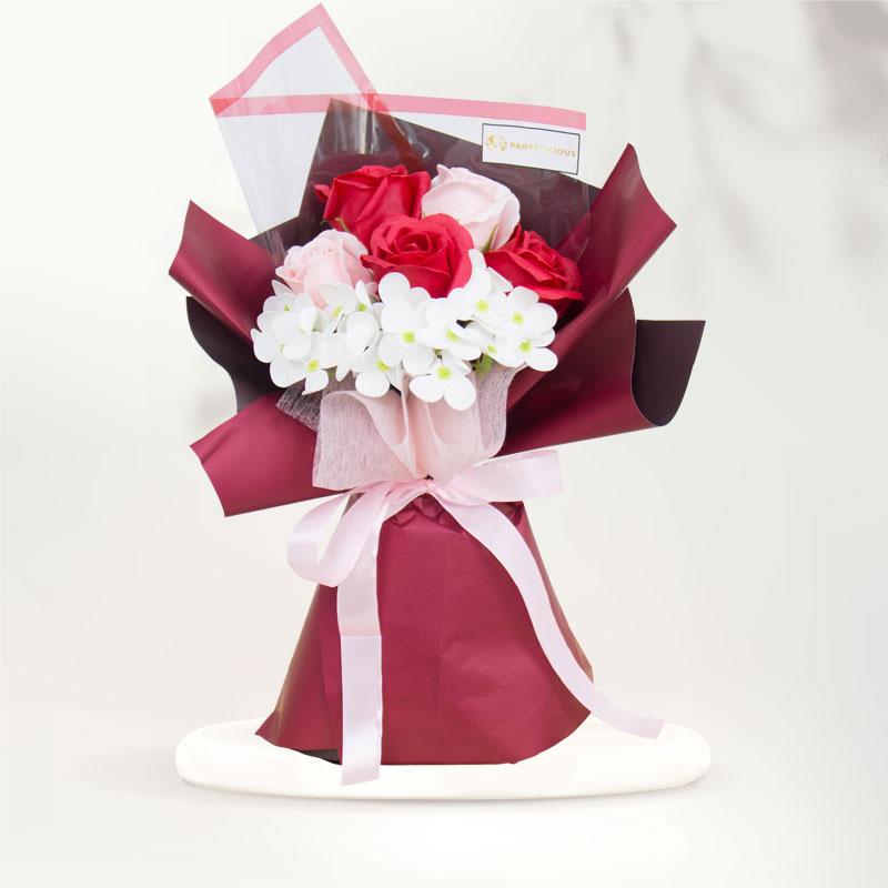 Cynthia Soap Rose Bouquet